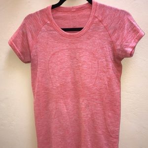 Lulu Lemon Workout Tee